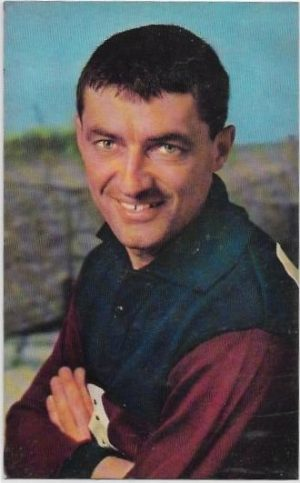1964 Mobil Football Photo (28) Graham Campbell Fitzroy